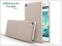 Sony Xperia XA (F3112/F3116) hátlap képernyővédő fóliával - Nillkin Frosted Shield - gold