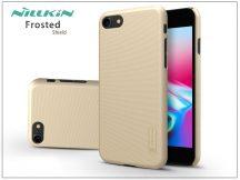 Apple iPhone 8 hátlap képernyővédő fóliával - Nillkin Frosted Shield - gold