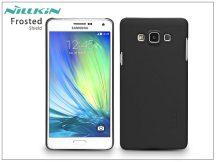 Samsung SM-A700F Galaxy A7 hátlap képernyővédő fóliával - Nillkin Frosted Shield - fekete