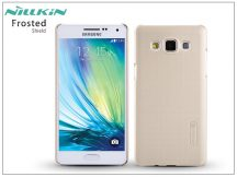 Samsung SM-A500F Galaxy A5 hátlap képernyővédő fóliával - Nillkin Frosted Shield - golden